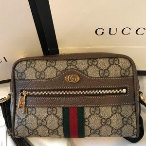 Brand new Ophidia Small GG Supreme Crossbody Bag